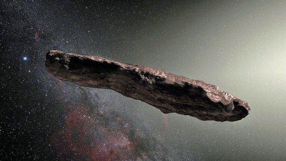 'Oumuamua, o objeto interstelar em forma de charuto