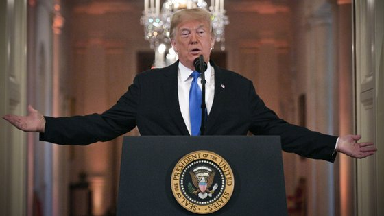 Donald Trump na conferência de imprensa pós-eleições intercalares de 6 de novembro