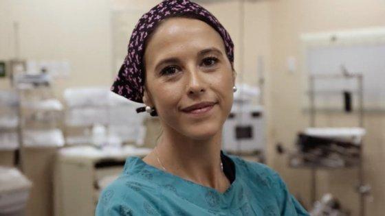 Liana Roodt, médica cirurgiã