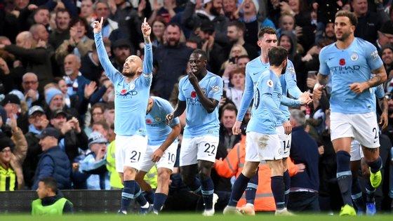 David Silva marcou o primeiro do Manchester City após passe de Bernardo Silva