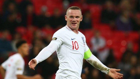 A Inglaterra venceu os Estados Unidos por 3-0, na despedida de Wayne Rooney