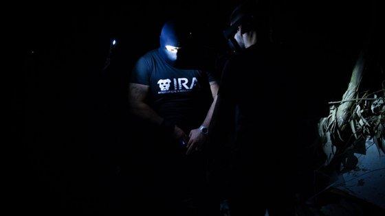 O IRA é um grupo de cidadãos que atua clandestinamente para resgatar animais