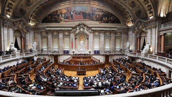 A proposta do Governo de OE2019 foi entregue na Assembleia da República em 15 de outubro e debatida na generalidade entre 29 e 30 de outubro