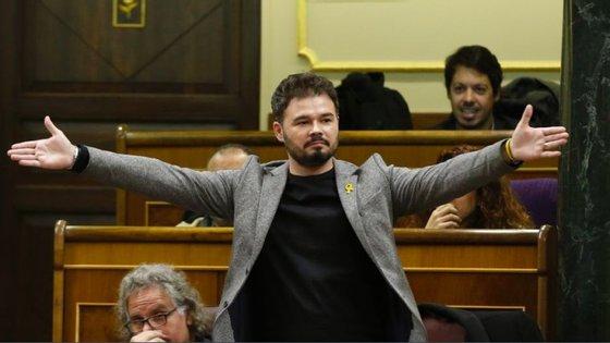 O deputado independentista catalão Gabriel Rufián teve uma altercação verbal violenta com o ministro dos Negócios Estrangeiros de Espanha, Josep Borrell