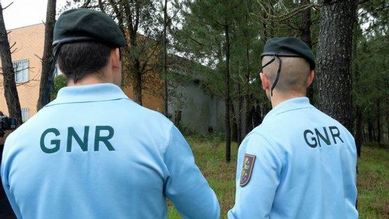 As buscas desta quinta-feira da PJ decorreram nas instalações do Destacamento da Póvoa de Lanhoso da GNR e nas residências de alguns militares