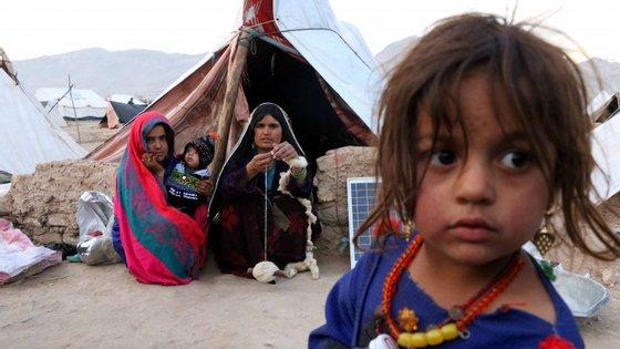 Nos últimos meses, a seca levou mais gente a deslocar-se do que a guerra, estimando-se que 250.000 pessoas abandonaram as suas habitações porque não tinham nada para comer