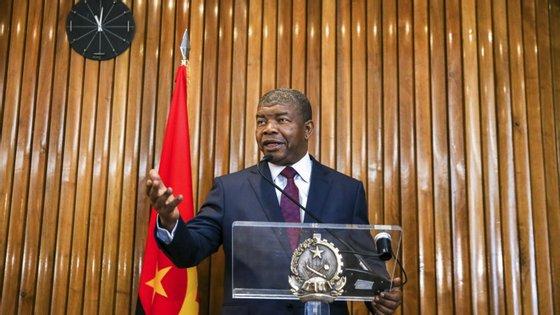 O Presidente de Angola deu uma conferência de imprensa a vários jornais portugueses