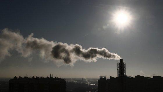 A COP24 acontece meses depois de um grupo de peritos da ONU ter avisado que é urgente tomar medidas para impedir que o aquecimento global ultrapasse os 1,5 graus celsius