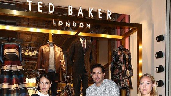 A Ted Baker é uma empresa de roupa e acessórios de luxo criada em 1988, em Glasgow