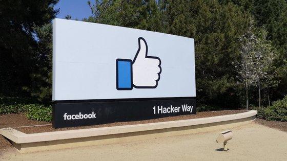 O Facebook tem mais de dois mil milhões de utilizadores