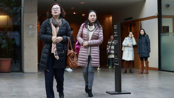 Meng Wanzhow foi detida e posteriormente colocada em liberdade condicional, mas ainda pode ser extraditada do Canadá para os EUA