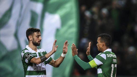 Nani fez o golo da noite nos descontos da primeira parte, Bruno Fernandes assistiu para três dos quatro golos do Sporting