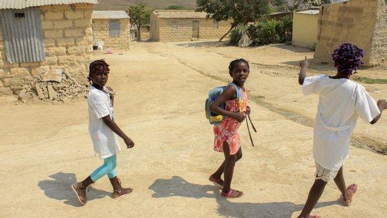 """Bairro """"Boa Esperança"""", em Luanda, Angola"""