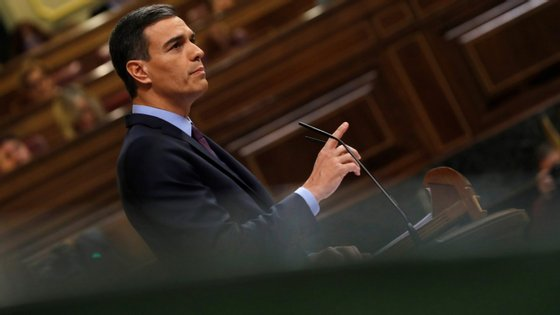 Pedro Sánchez, primeiro-ministro espanhol, no debate parlamentar desta quarta-feira