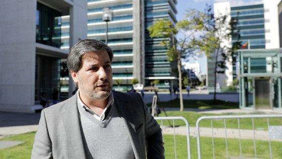 Bruno de Carvalho saiu em liberdade mediante o pagamento de uma caução de 70.000 euros