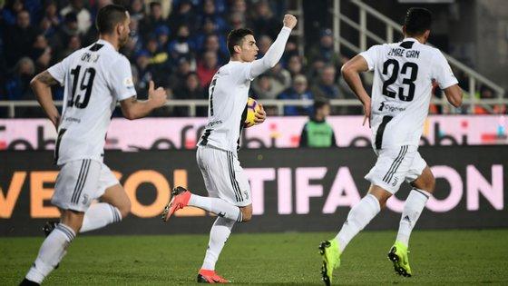 Ronaldo demorou 13 minutos para marcar depois de sair do banco, numa altura em que a Juventus estava reduzida a dez