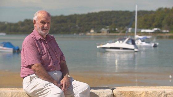 """James Harrison, o dador conhecido pela alcunha """"Homem do Braço de Ouro"""" por ter ajudado 2,4 milhões de bebés a nascer saudáveis (fotografia retirada da CNN)"""