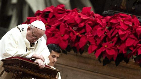 Papa Francisco lamentou a morte de 4 pessoas num atentado em Gizé