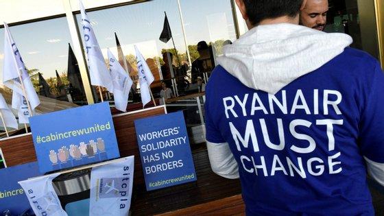 Os trabalhadores da Ryanair voltam a parar nos próximos dias 10 e 13 depois da falta de acordo com a empresa
