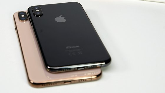 A Apple passou de uma valorização em bolsa de mais de um bilião de dólares para cerca de 725 mil milhões