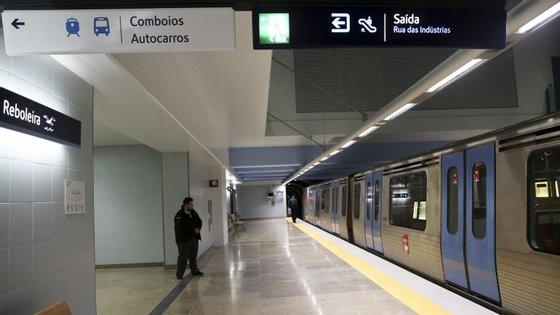 """A empreitada de remodelação e ampliação da estação de metro de Arroios """"estava planeada para terminar no primeiro semestre de 2019"""", disse a empresa de transporte"""