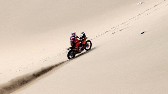 O britânico Sam Sunderland (KTM) venceu esta segunda-feira a sétima etapa em motas do rali Dakar de todo-o-terreno