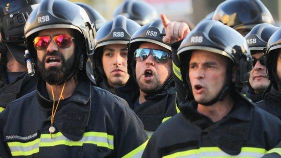 Bombeiros protestam na quinta-feira em Lisboa