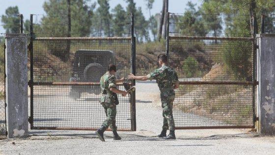 O furto do material militar, entre granadas, explosivos e munições, dos paióis de Tancos foi noticiado em 29 de junho de 2017