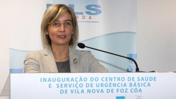 A ministra da Saúde, Marta Temido, garante novas contratações, sem precisar números