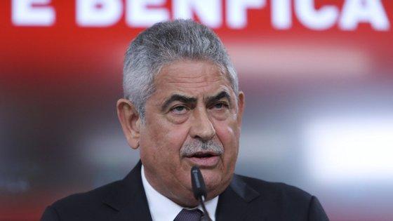 Luís Filipe Vieira, que viu o encontro na tribuna com Pedro Proença e Pinto da Costa, deixou críticas à arbitragem na zona mista em Braga