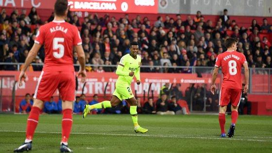 Nelson Semedo, que na quarta-feira jogou na esquerda para a Taça com o Sevilha, voltou à direita e inaugurou marcador no Montilivi