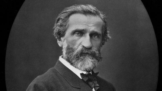 Giuseppe Verdi morreu em 1901