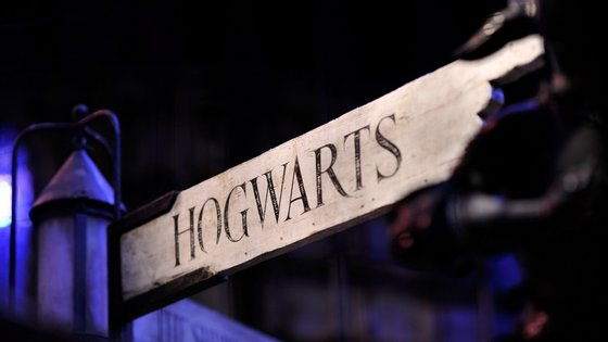 """J.K. Rowling começou a escrever a história do """"rapaz que sobreviveu"""" em 1990"""