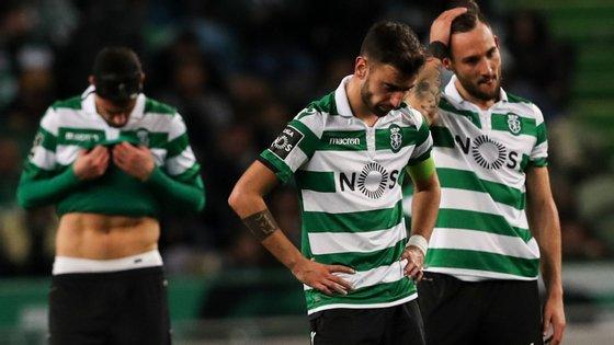 Número 8 dos leões ainda marcou mas não chegou para evitar a derrota frente ao Benfica