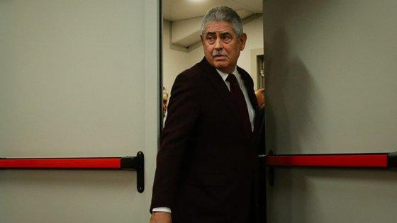 Luís Filipe Vieira chegou a Alvalade no autocarro da equipa e terá acompanhado o dérbi no balneário da equipa
