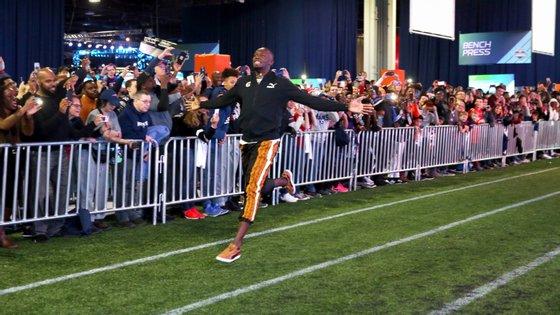 Usain Bolt participou numa atividade relacionada com o Super Bowl no sábado