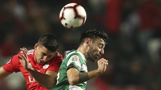 Gabriel e Bruno Fernandes, os dois melhores de cada uma das equipas, num dérbi com resultado igual em história diferente