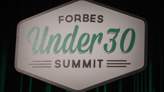 A revista Forbes distingue anualmente os jovens mais promissores do mundo em categorias que vão da moda ao marketing