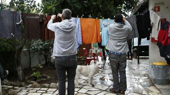 Portugal precisa de pelo menos cinco gerações para os homens partilharem as tarefas domésticas em igualdade com as mulheres