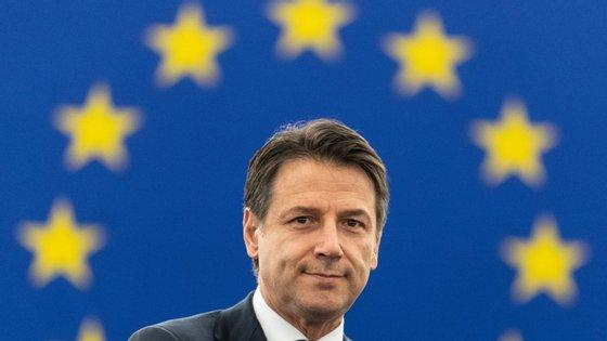 """Para Giuseppe Conte a cooperação com África é prioritária, pelo que a UE deve elaborar um """"catálogo de boas práticas"""", com modelos de cooperação """"sustentáveis e paritários"""""""
