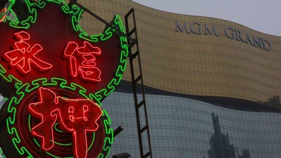 Macau, a capital mundial do jogo e o único local na China onde os casinos são legais, registou, no ano passado, quase 33 mil milhões de euros em receita do jogo