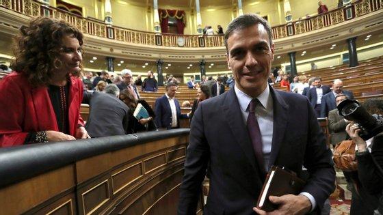 O primeiro projeto de Orçamento de Pedro Sánchez, primeiro-ministro socialista espanhol, foi chumbado na última quarta-feira pelo parlamento