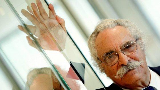 Em 2007, Aníbal Cavaco Silva condecorou-o com o grau de Grande Oficial da Ordem do Infante D. Henrique