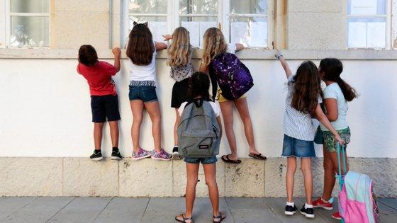 O ME confirmou que a abrangência do novo ciclo de avaliação será alargada, com a novidade de as escolas particulares, voluntariamente, se poderem candidatar a ser avaliadas