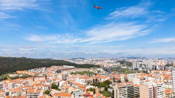 Apesar das conclusões do estudo, imigrantes ouvidas pelo Observador mostram-se satisfeitas com a sua vida em Portugal.