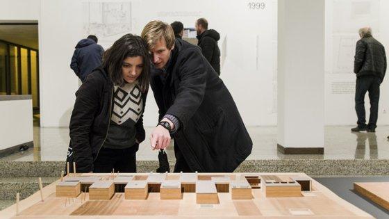 A exposição pode ser vista no Fórum Maia até dia 31 de março, de terça a domingo, entre as 9h e as 22h