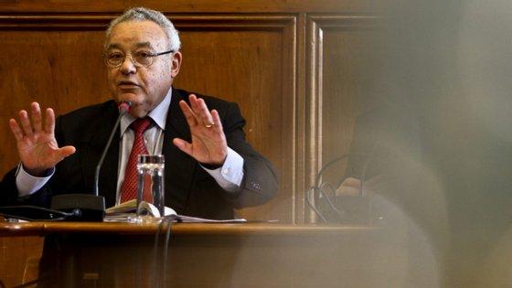 João Cravinho é presidente da comissão independente de descentralização