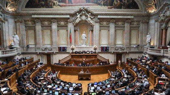De acordo com o Eurostat, no ano passado 36,4% dos assentos na Assembleia da República eram ocupados por mulheres