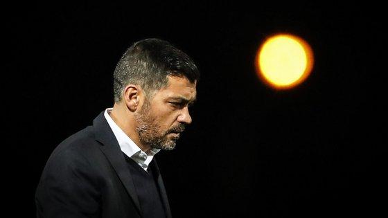 """O treinador do FC Porto desvalorizou todo o destaque que está a ser dado às declarações de Francisco Seixas da Costa, uma vez que se trata de """"uma pessoa que é irrelevante no panorama desportivo em Portugal"""""""