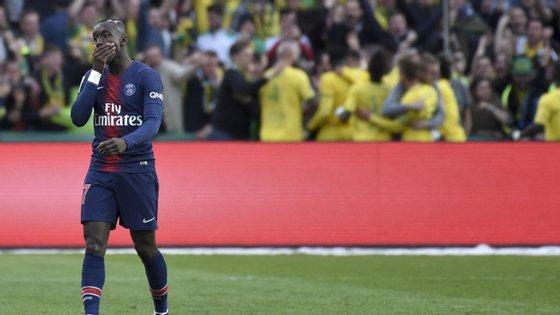 PSG até começou a ganhar mas permitiu reviravolta do Nantes com golos de jogadores que passaram por Portugal (Diego Carlos e Waris)